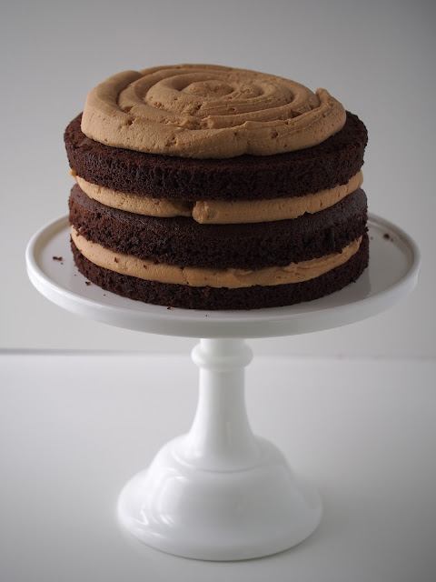 Chocolate Peanut Butter Cake with Toasted Marshmallow ...