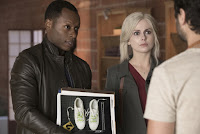 Malcolm Goodwin and Rose McIver in iZombie Season 3 (7)