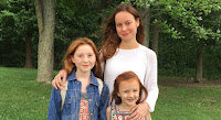 Brie Larson, Ella Anderson and Chandler Head in The Glass Castle (1)