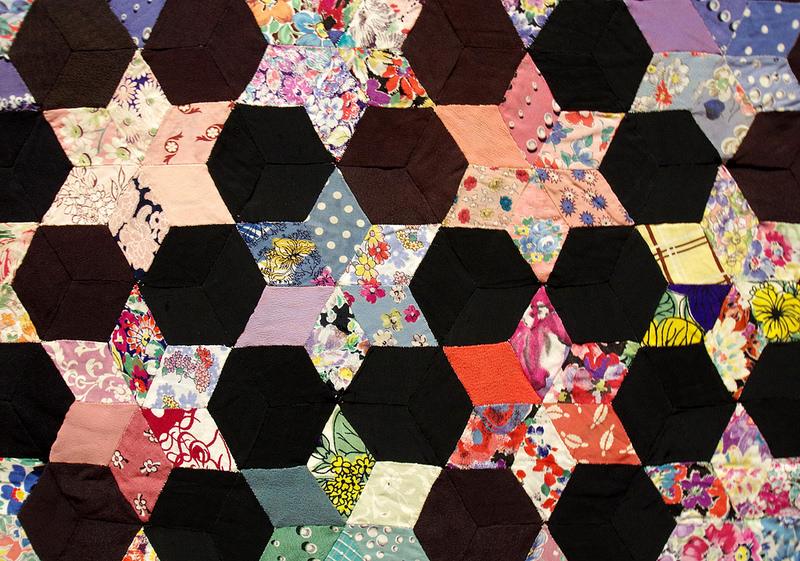 Diamond Quilt 1944-45 by Elizabeth Mary Evans | Making the Australian Quilt 1800-1950 | © Red Pepper Quilts 2016