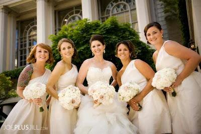 white wedding flowers, white bridal bouquets, Fairmont wedding, Seattle's best wedding flowers