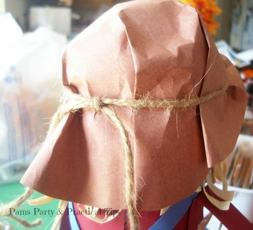 Rope for scarecrow hat