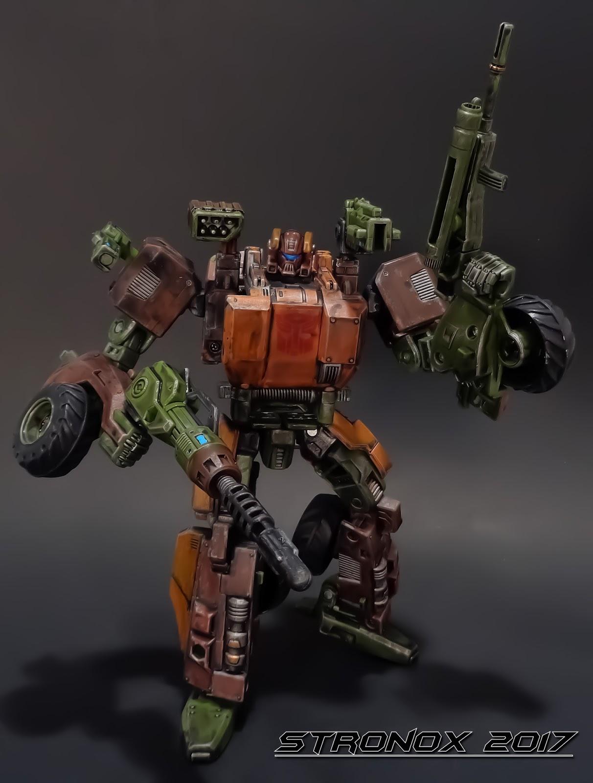 Stronox Custom Figures: Transformers: Roadbuster