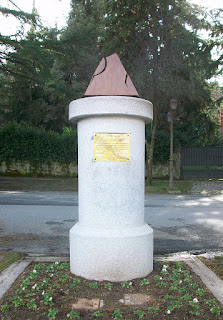 Monumento a Rafael Alberti en San Rafael.