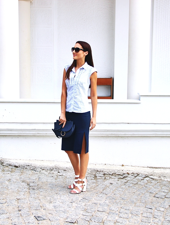 Weekend Max Mara white-blue striped shirt with ruffles.Stradivarius navy purse.Sasch navy skirt.Best office job looks.Najbolji outfit za posao.
