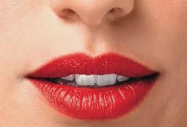 maquiagem para boca - batom vermelho