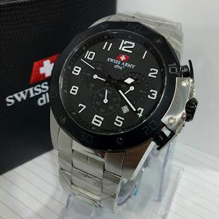 Foto Jam Tangan Swiss Army 1