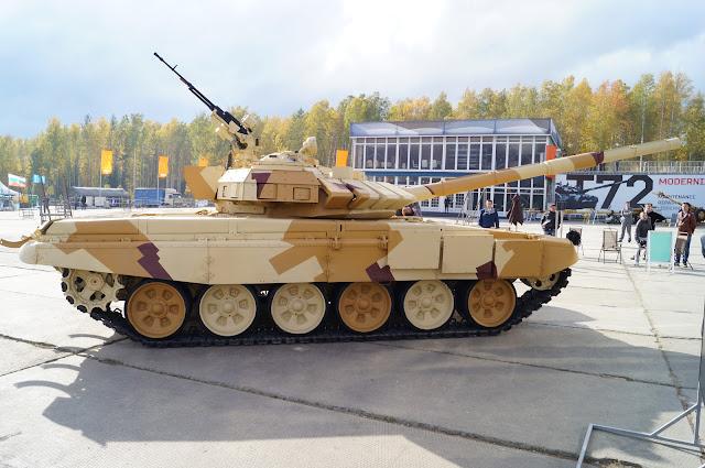 روسيا تطور نظام الحماية النشطة Arena-M للعمل علي كلا من T-72 و T-90 DSC00693