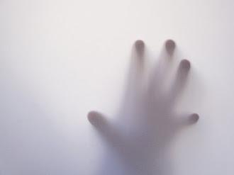 Graban Voz de Fantasma que Aterroriza Mujer en Colombia
