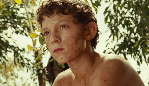 Tom Holland berlakon masa kecil dalam movie The Impossible