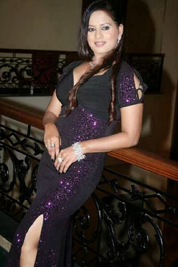 Indian Beauties Sangeeta Tiwari