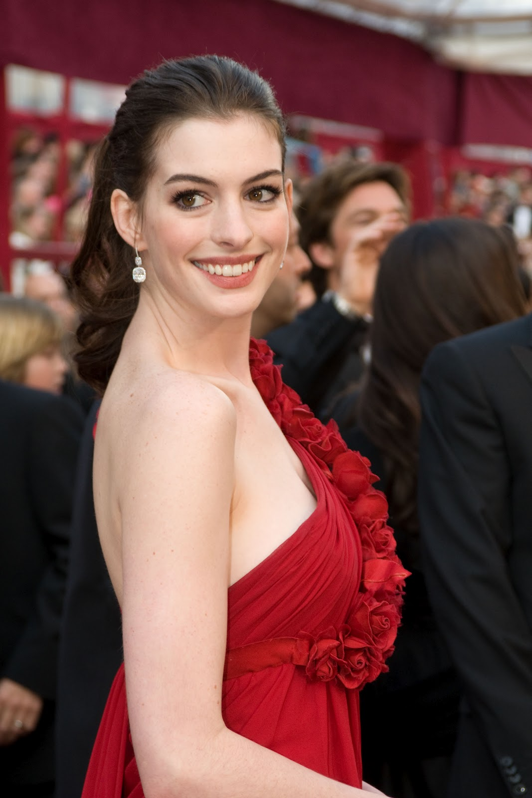 Anne Hathaway Special Pictures (16)