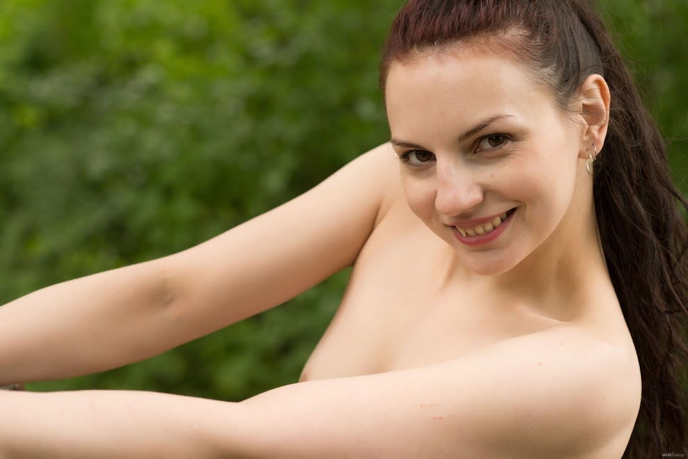 title2:EroticBeauty Lisa Musa Beauty In Nature