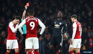 Manchester United Banding Kartu Merah Pogba