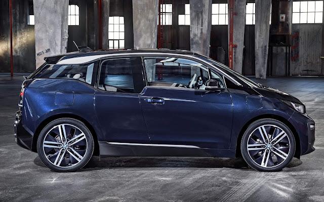 Novo BMW i3 2020 120 Ah - preço inicia em R$ 206 mil - Brasil