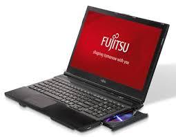 Laptop FUJITSU RAM 8 GB