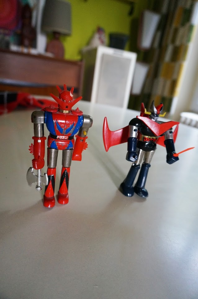 des Shogun Warriors ( never forget the warriors , warriooors )   Dragun and Mazinger robot diecast