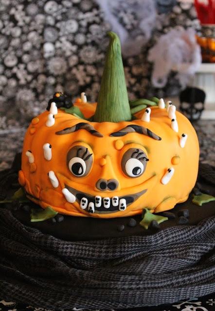 Einfache Halloween Kürbis Torte mit Video