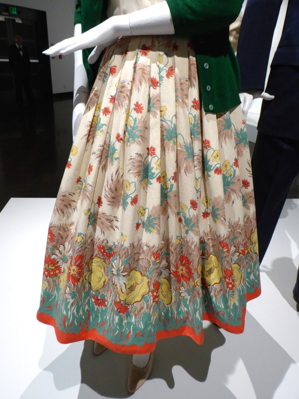 Saoirse Ronan costume skirt Brooklyn