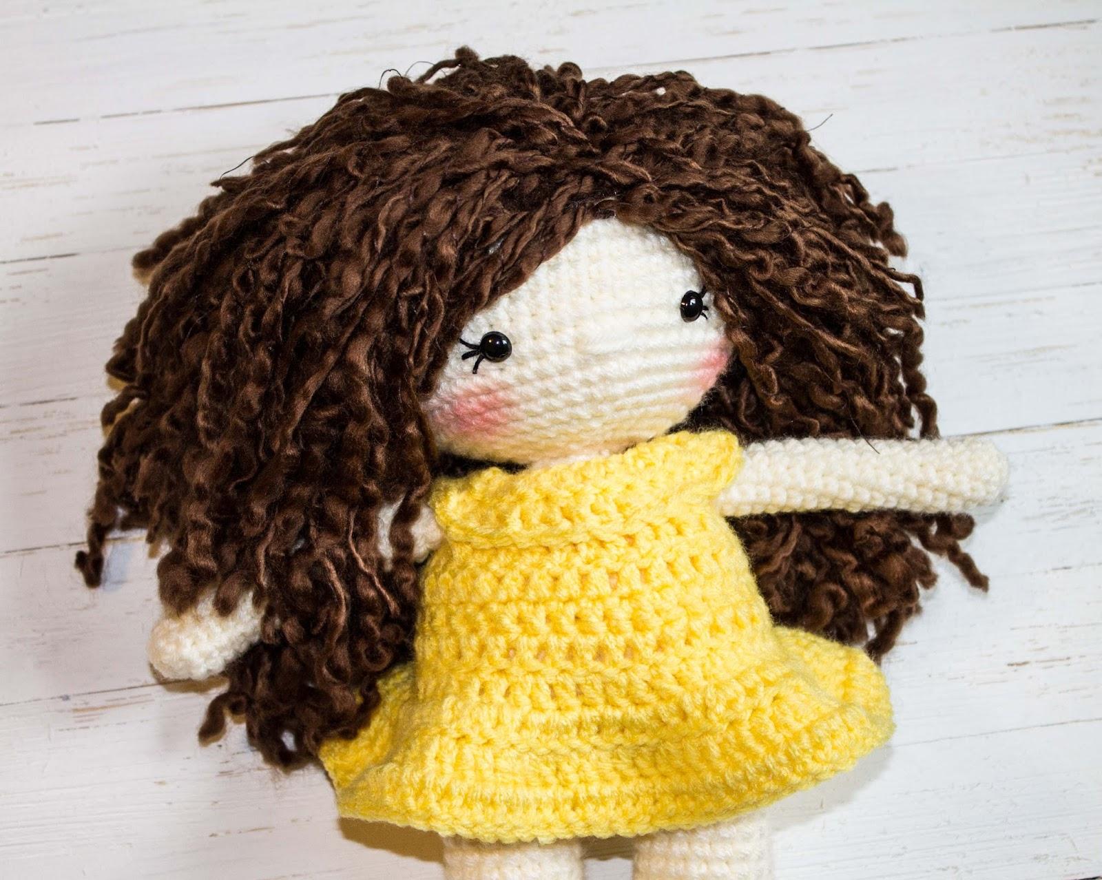 Amigurumi Hair Tutorial : How to attach hair to a crochet doll thefriendlyredfox.com