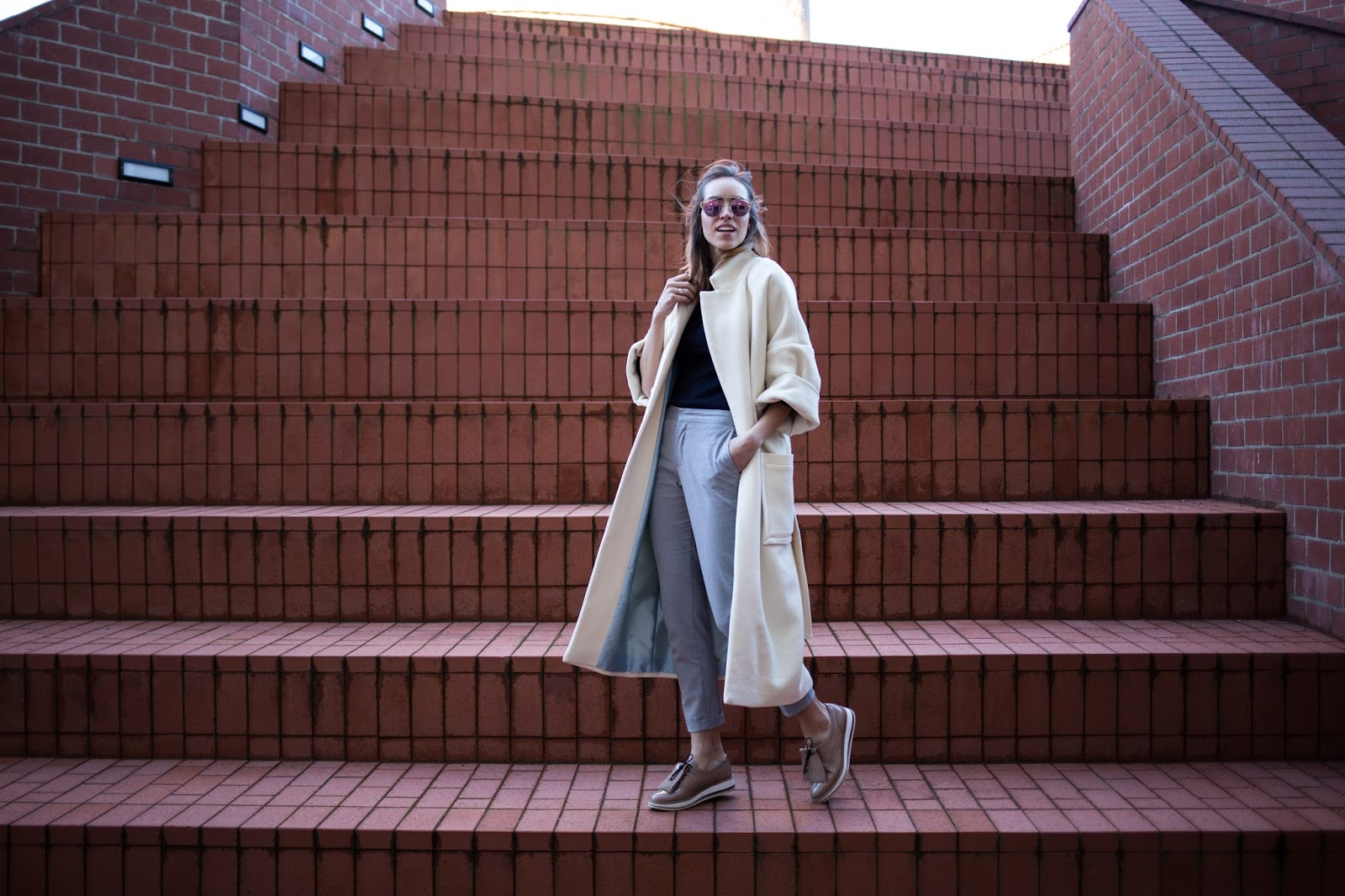 oversized white coat outfit spring