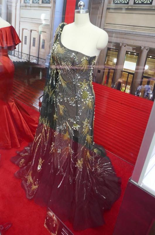 Oceans 8 Debbie Ocean Met Gala gown