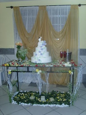 Mesa do bolo de casamento
