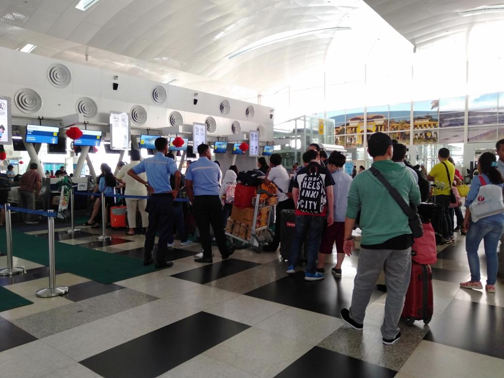 Lion Air Tambah Petugas Pengamanan di Counter Check In Bandara KNIA