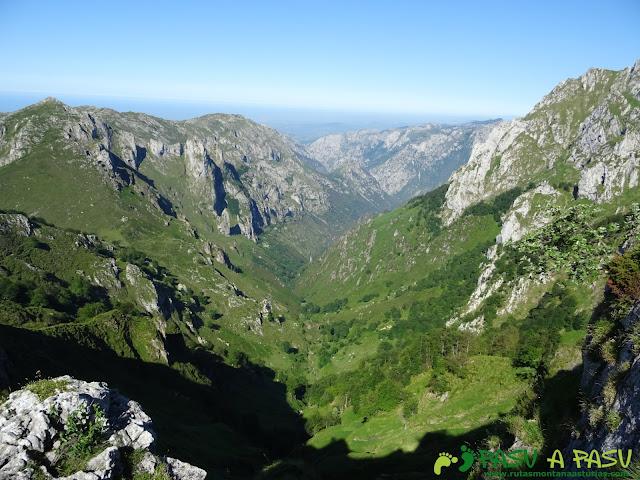 Ruta al Cueto Cerralosa y Jajao: Valle de San Esteban