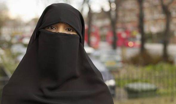 Resultado de imagem para muçulmana