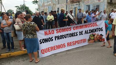 AGROPECUARISTAS PROTESTAM CONTRA SITUAÇÃO AMBIENTAL NO VALE DO RIBEIRA