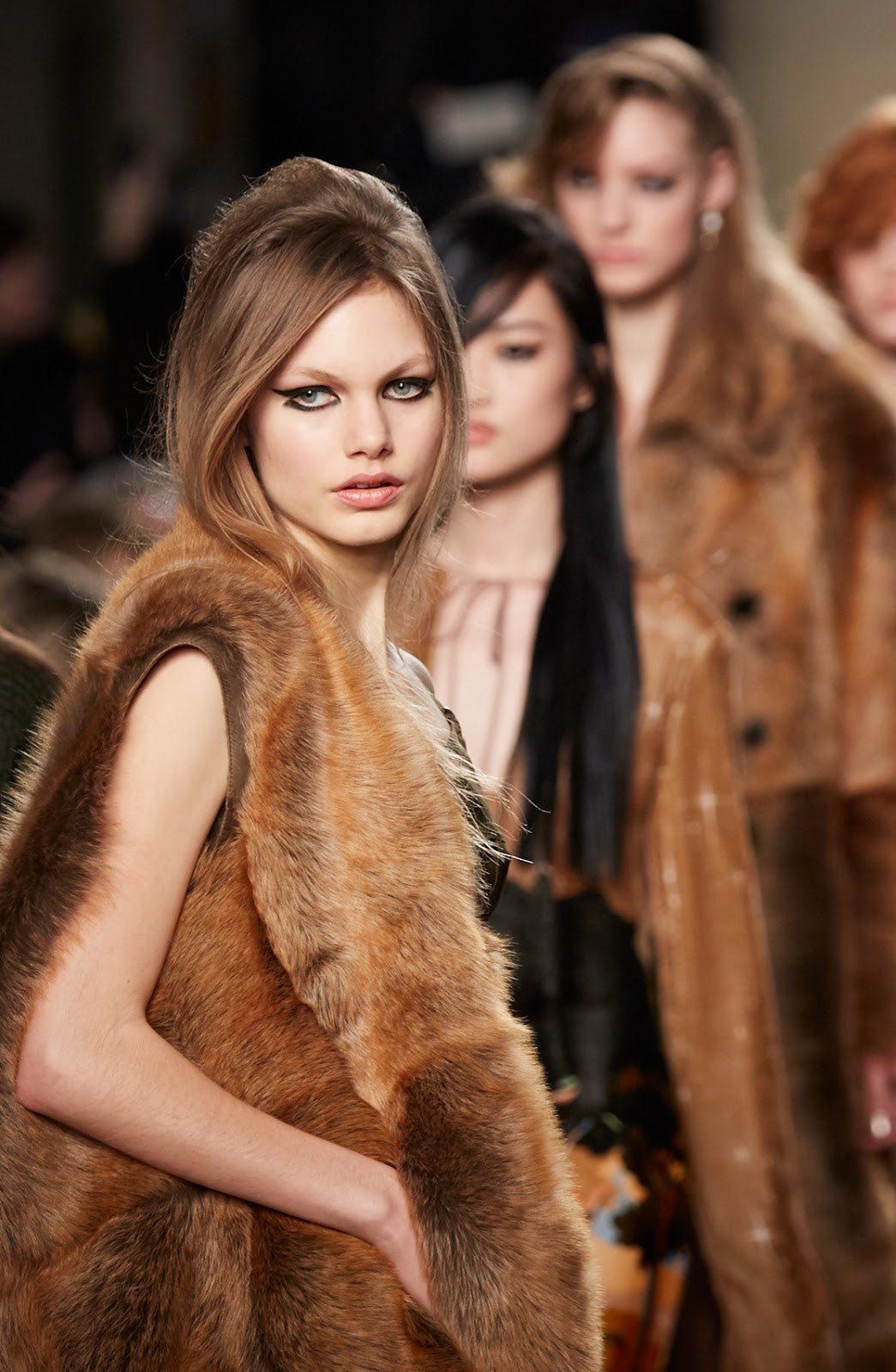 London fashion week Fall/Winter 2016 best collections via www.fashionedbylove.co.uk / Vivienne Westwood