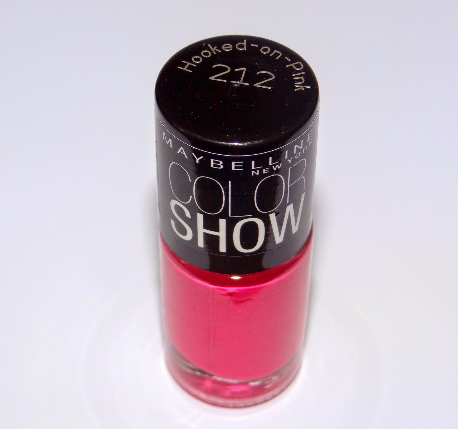 Maybelline color show nailpolish Hooked on Pink
