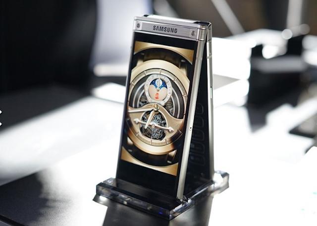 هاتف جديد من سامسونج W2018 بأحدث كاميرا في العالم لمنافسة هاتف ايفون x