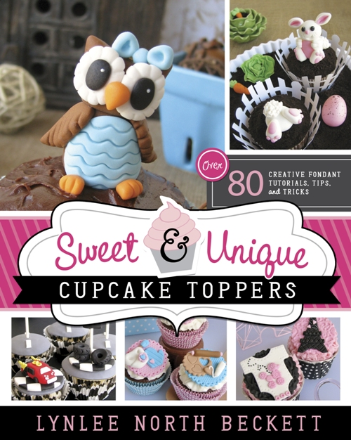 Giveaway | Sweet & Unique DIY Cupcake Toppers