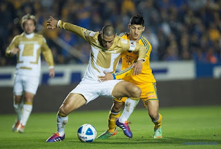 Pumas UNAM vs  Tigres U.A.N.L