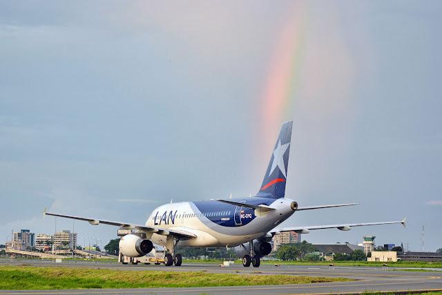 Latam Airlines Ecuador Aeropuerto José Joaquín de Olmedo