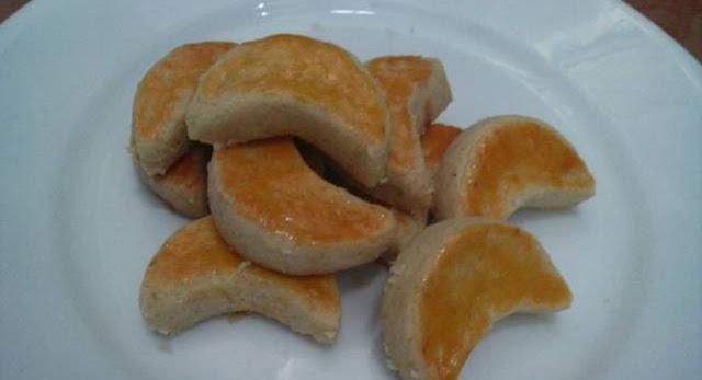 Resep Kue Kacang Renyah Ala Enni Faizah