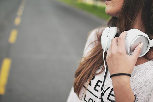 manfaat-mendengarkan-musik-untuk-kesehatan-tubuh-via-pixabay.com