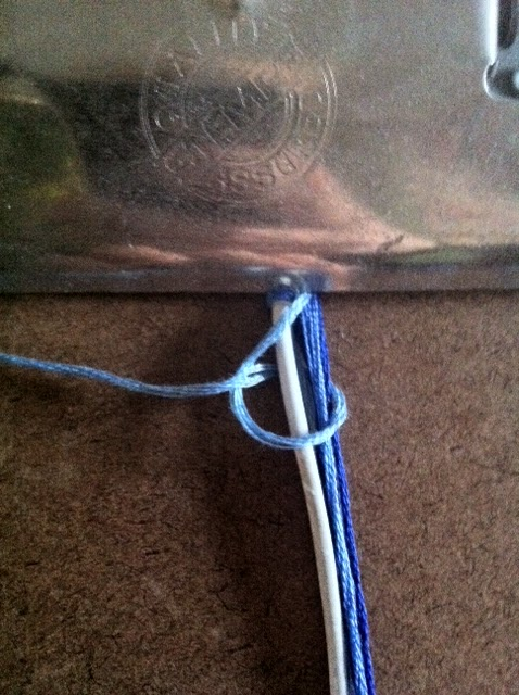 The Geeky Craftster: DIY Earbud Cord Wrap