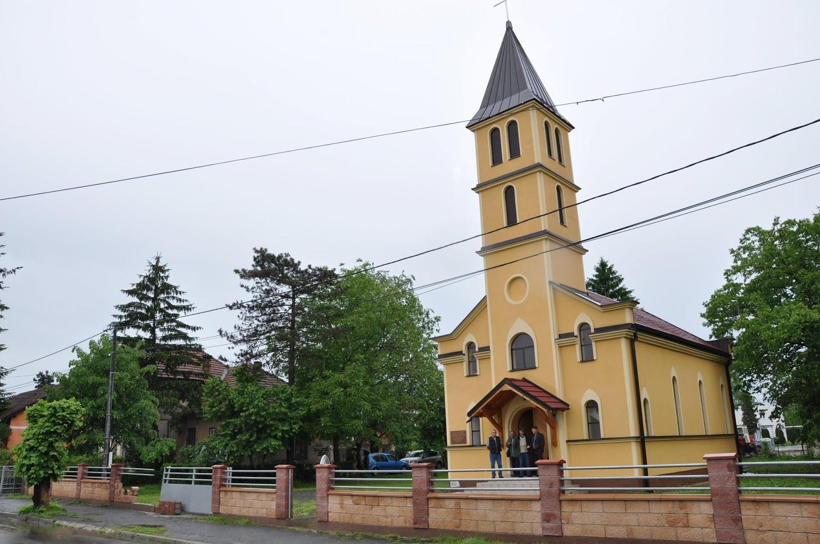 Novinarstvo!!!: Drevna i uništena župa Dubica - uzdizanje iz pepela?