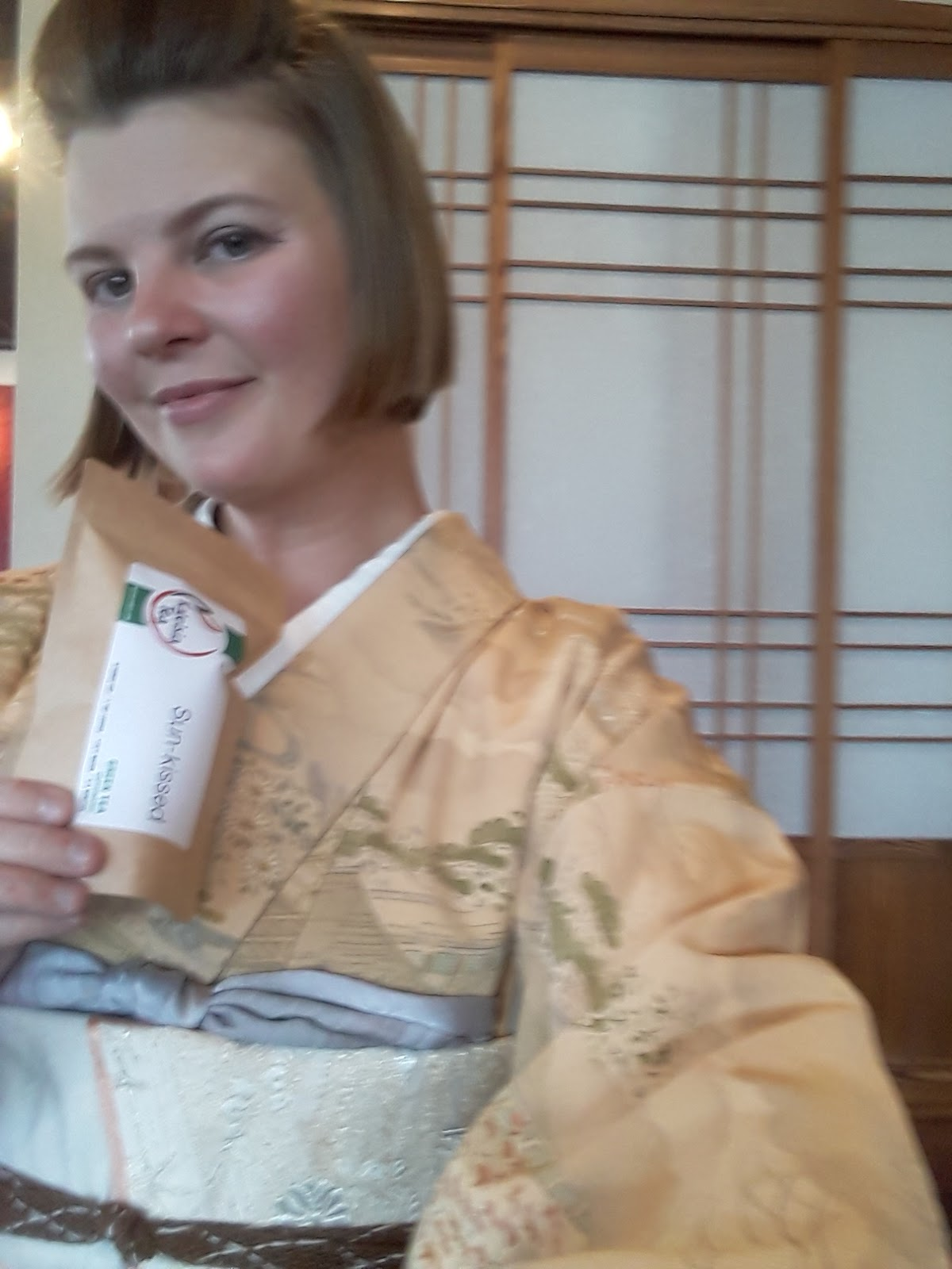 5b79e7a22eb It s possibly the last day I can tolerate awase kimono this year. And that  is only because I am going to and from an air-conditioned place