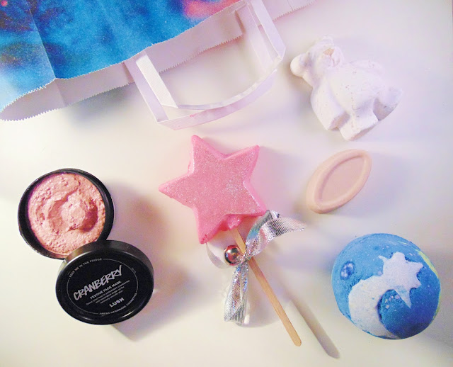 This is an autumn and winter Lush Haul, talking about some new and old favourites.