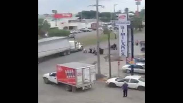 VIDEO; Policía en activo la hace como sicario: asalta y ejecuta a 2 comerciantes en Ciudad Victoria