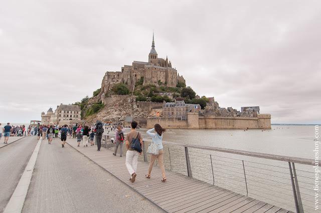 Mont Saint-Michel visitar diurna blog viaje Normandia Bretaña