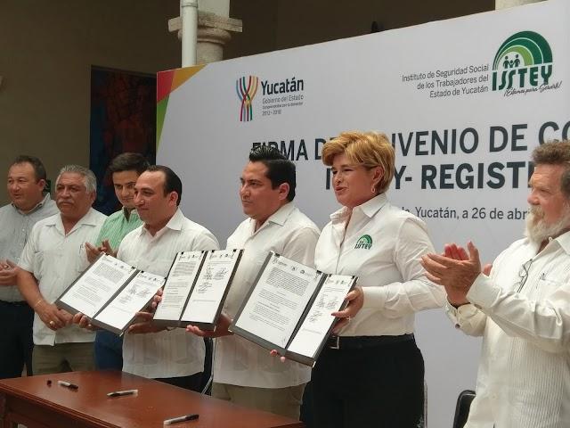Firman acuerdo para eliminar trámite de la supervivencia a burócratas