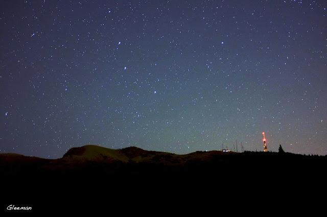 剛從小觀音山昇起的Lovejoy 彗星