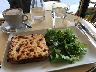 traveling solo female woman wanderlust europe backpack paris france food foodie cafe