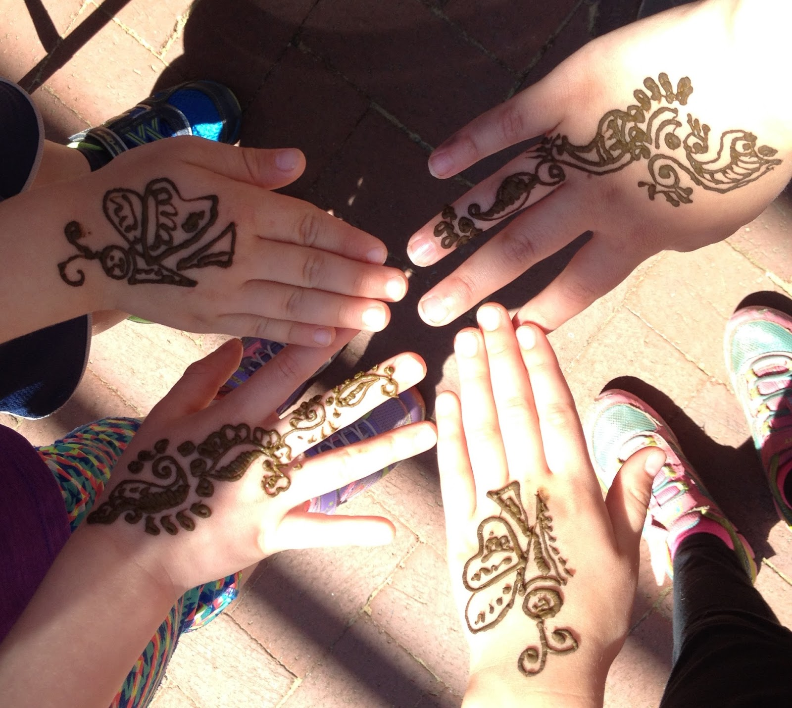 Haven And Joni Henna Gang At The Earth Day Festival