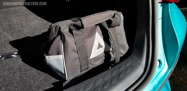Toyota CH-R emergency kit